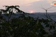 Suggestione ed emozioni all'alba di un mattino con un concerto di Andrea Brunori e Emanuel Elisei
