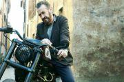 Su Rai2 torna Rocco Schiavone con Marco Giallini