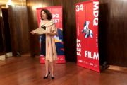 I vincitori del Premio Georges Méliès al 34° MDQ Film Fest con l'Ambasciatrice di Francia in Argentina Claudia Scherer
